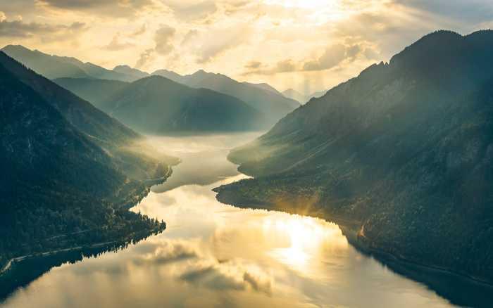 Digital wallpaper Gold Mountains