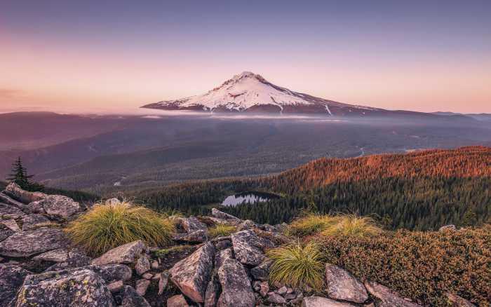 Digital wallpaper Kingdom of a Mountain
